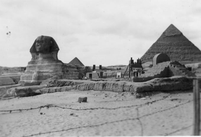 sphinxpyramid_egypt